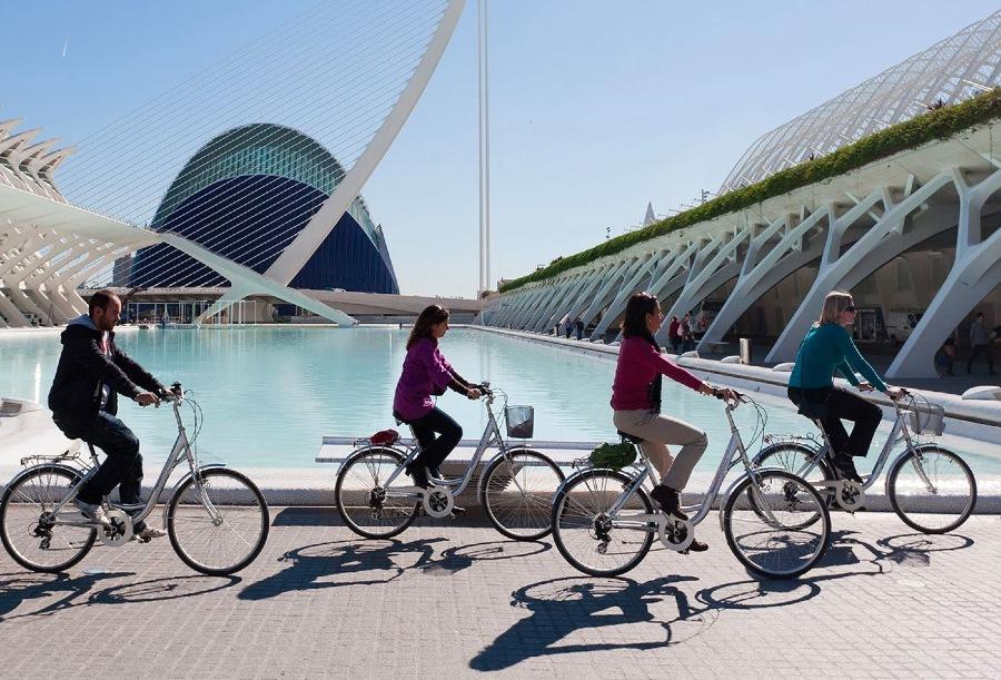 Se déplacer à vélo lors de votre séminaire, bien mieux qu'un trajet en bus